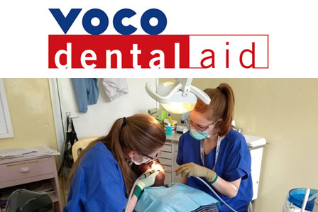 Anna Hübben and Kyra Kalbhen treating patients in the dental clinic.