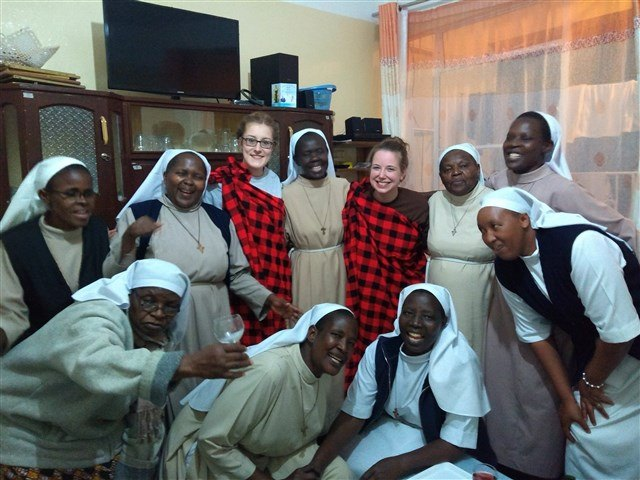 Group photo with the sisters at the dental clinic.