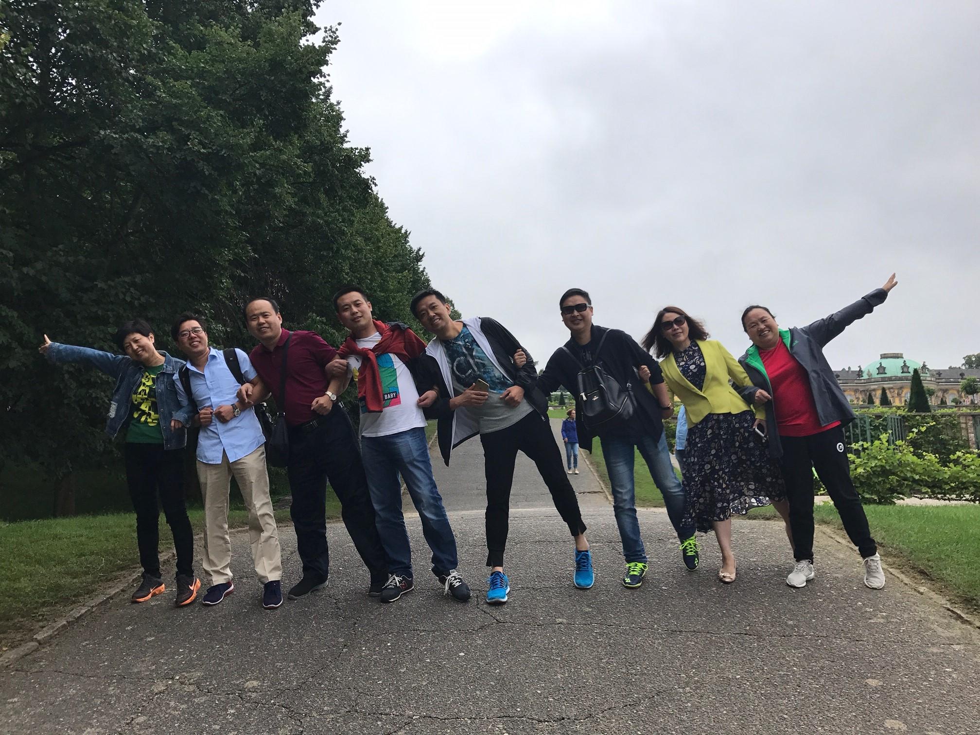 部分学员在欧洲继续参观游览