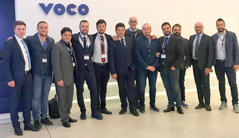 Mitarbeiter der Depots Dental Futura Group Srl. und Capuozzo Srl. mit Junior-Are