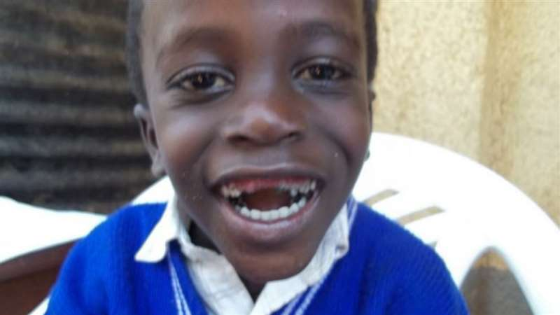En Uganda se encuentran tan solo 0,5 odontólogos por cada 10 000 habitantes. Muc