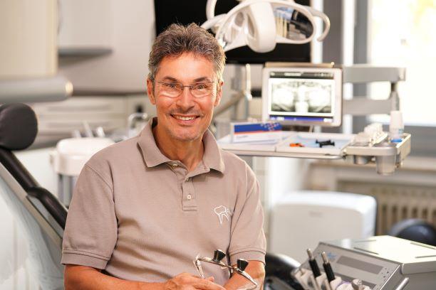 GrandioSO Light Flow – Interview du dentiste Dr. Arne Kersting au sujet de l'app